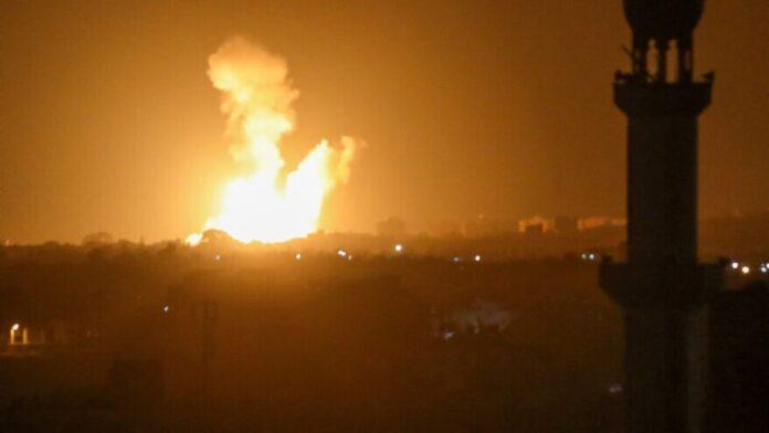 Israel ataca objetivos de Hamas en Gaza en respuesta a ataques incendiarios