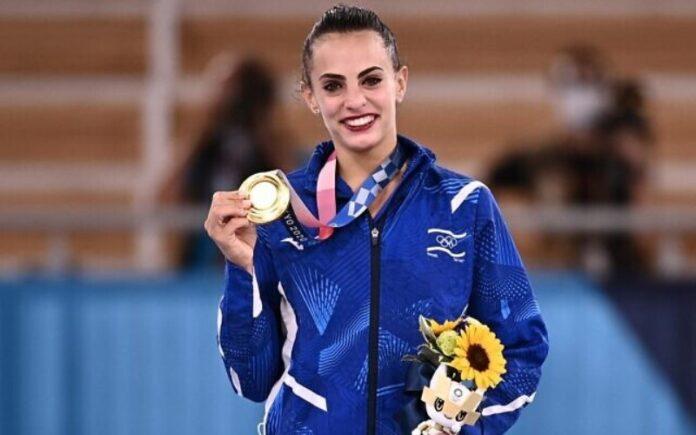 La gimnasta rítmica Linoy Ashram gana el tercer oro olímpico de Israel