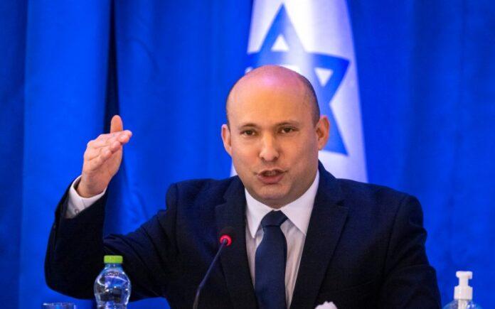 """Bennett dice que no se encontrará con Mahmud Abbas, el estado palestino es un """"terrible error"""""""