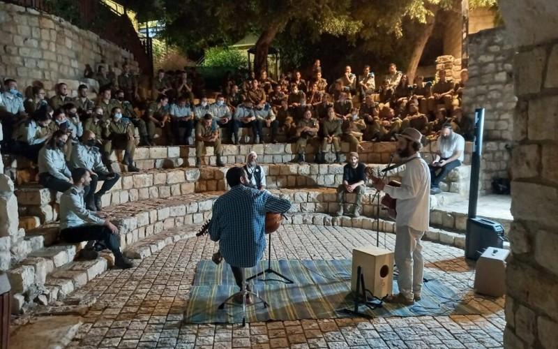 Decenas de miles de soldados de las FDI acuden en masa a Jerusalén para la 'introspección'