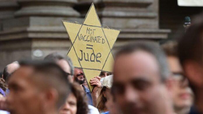 Un anti-vacunas en Montreal dijo que dejaría de llevar una estrella amarilla. Todavía piensa que los mandatos de vacunas son como el Holocausto